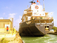 image of the welland canal one of the free things and stuff to do in niagara falls, ontario, canada