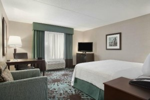 image of the Hampton Inn by Hilton Ottawa hotel one of the cheap places to stay in ottawa