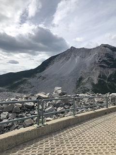 The Frank Slide one of the cool things to see when you visit Calgary