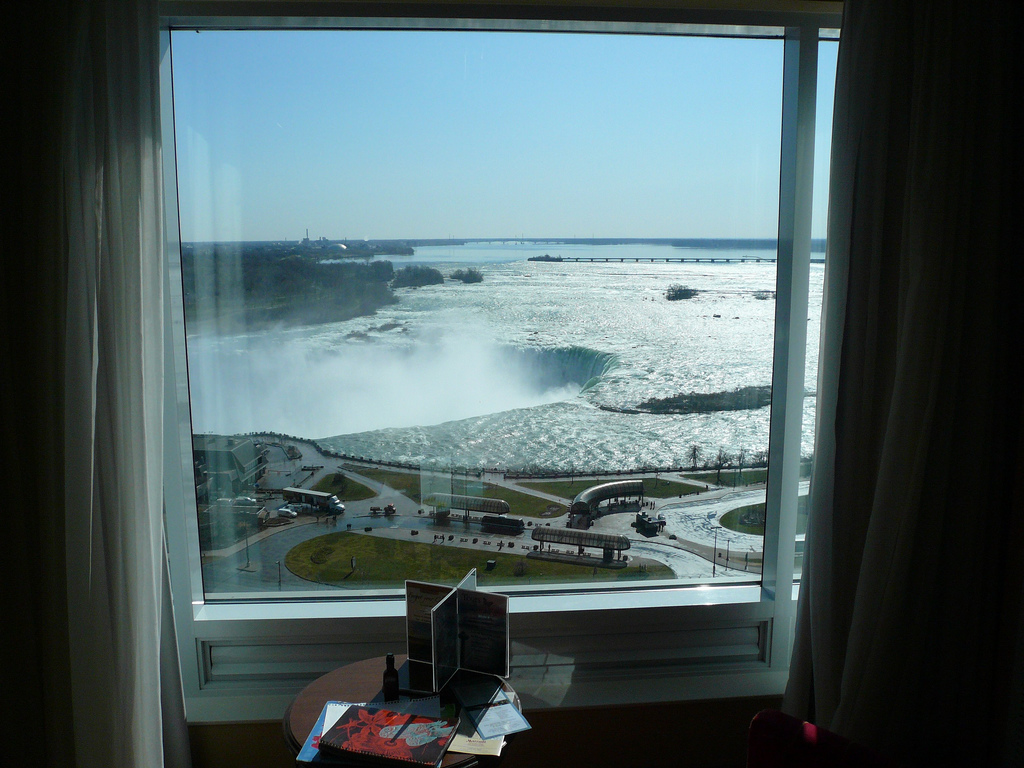Niagara Falls Hotel And Dinner Deals