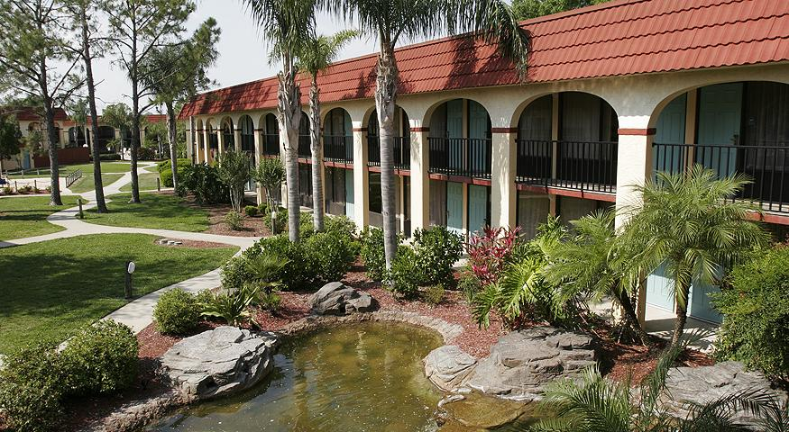 image of the best western lakeside one of the Cheap Hotels & Places to Stay in Orlando