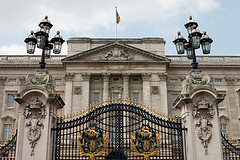 image of buckingham palace one of the Free Things and Stuff to Do in London