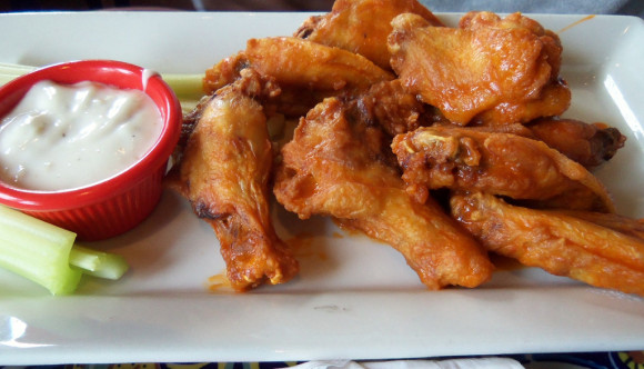 image of chicken wings, available at many of the best cheap eats places in Ottawa