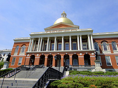 image of the massachusetts state house one of the Free Things and Stuff to Do in Boston