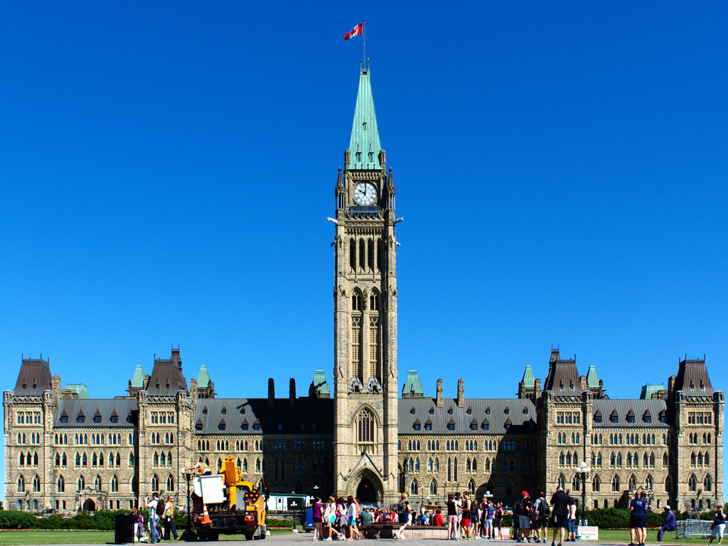 image of parliament hill one of the free things and stuff to do in Ottawa