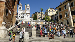 image of the spanish steps one of the Free Things and Stuff to Do in Rome