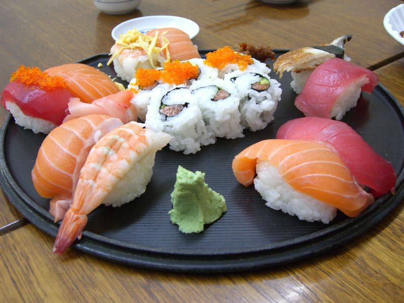 image of sushi one of the foods available at the Best Cheap Eats Places and Restaurants in Vancouver
