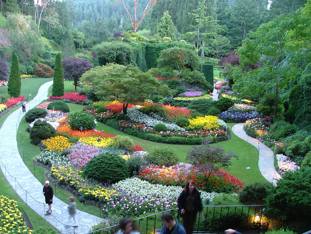 Coupons passes and tickets for victoria bc attractions - Best time to visit butchart gardens ...