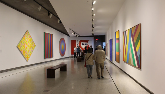 image of the Montreal Museum of Fine Are one of the montreal attractions that offers a discount on admission