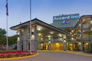 image of the Accent Inn one of the cheap hotels and places to stay in Vancouver