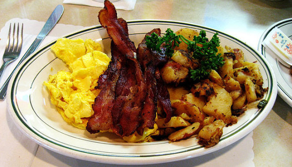 image of bacon eggs available at one of the best cheap breakfast spots in toronto