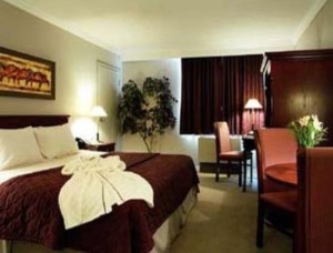 image of the Days Inn Ottawa West one of the cheap hotels located near the Canadian Tire Centre