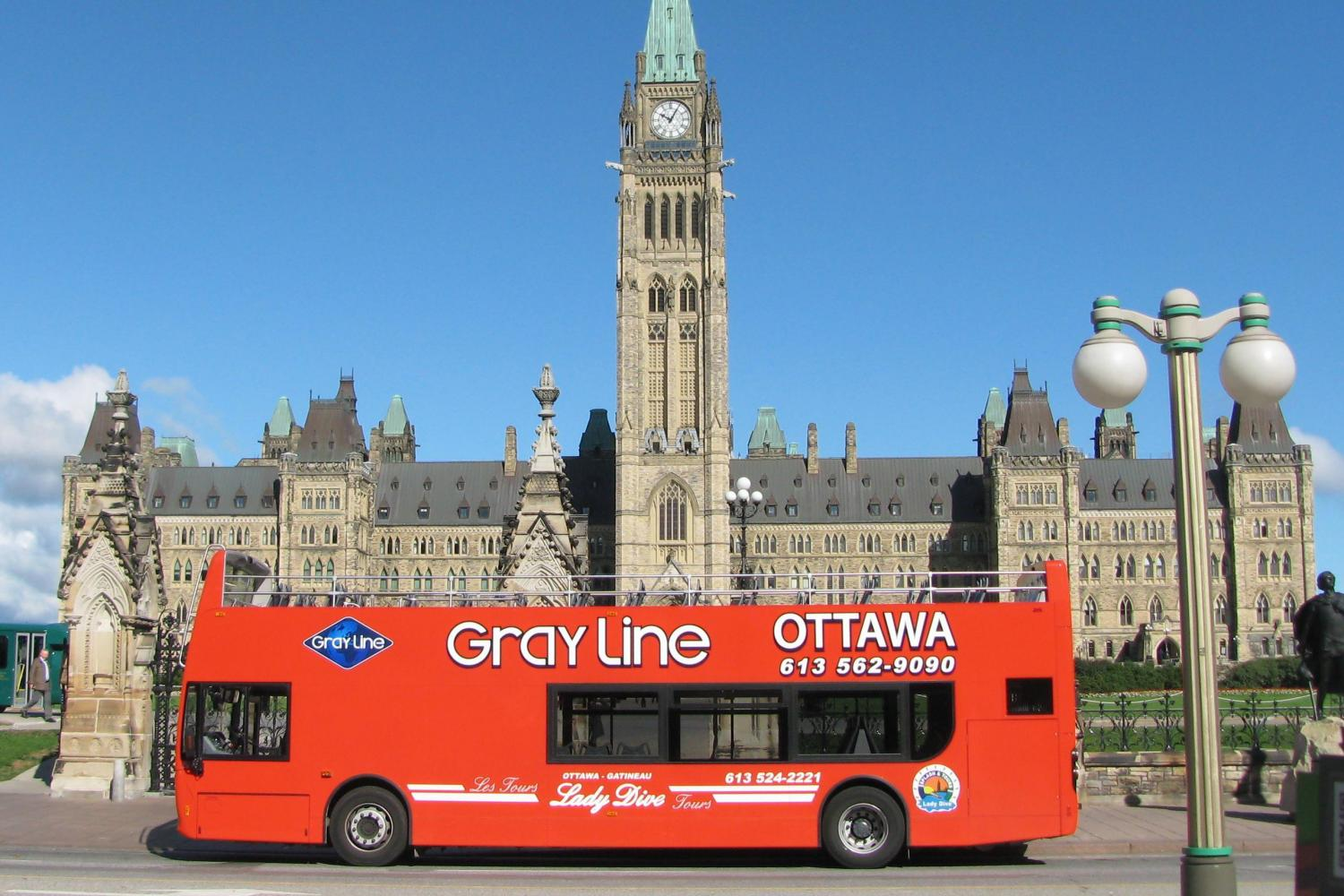 image of one of the affordable bus tours available in ottawa