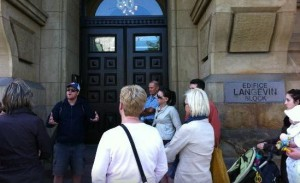 image of an Ottawa Walking Tours, one of the affordable walking tours available in ottawa