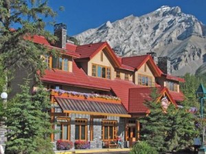 image of the Banff Ptarmigan Inn one of the best cheap hotels and places to stay in Banff, Alberta