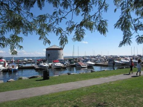 image of the Kingston waterfront one of the cheap, fun, free things to do in Kingston, Ontario