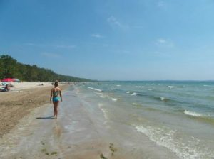 image of the beach at Sandbanks Provincial Park one of the free, cheap and fun things to do in Prince Edward County