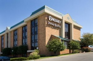 image of the drury Inn and suites hotel one of the cheap places to stay in Kansas City Missouri