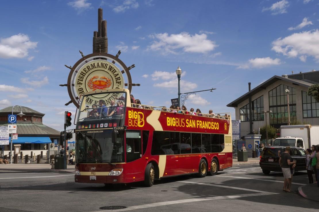 Big Bus Tour San Franscisco tour bus at Fishermans Wharf